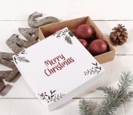 Boîte carrée pour les cadeaux de Noël