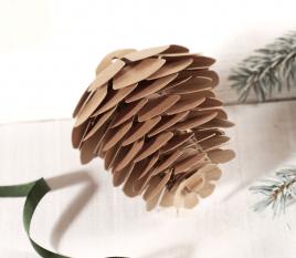 Ananas décoratif en papier cartonné