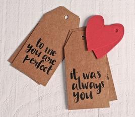Kit de 8 étiquettes + coeurs