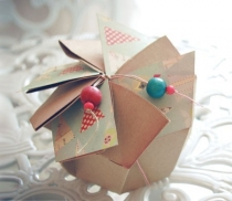 Boîte cadeau avec plis