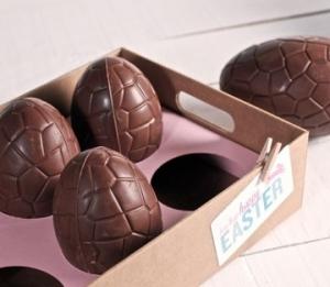 Plateau en carton pour des oeufs en chocolat