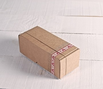 Boîtes d'envoi postal rectangulaires