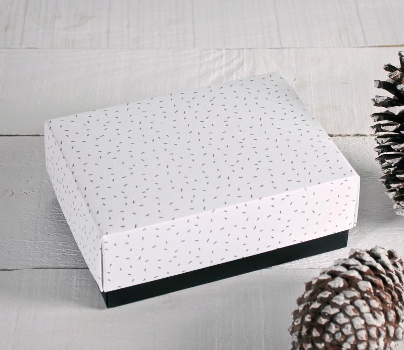 bo te cadeau avec couvercle sp cial no l selfpackaging. Black Bedroom Furniture Sets. Home Design Ideas