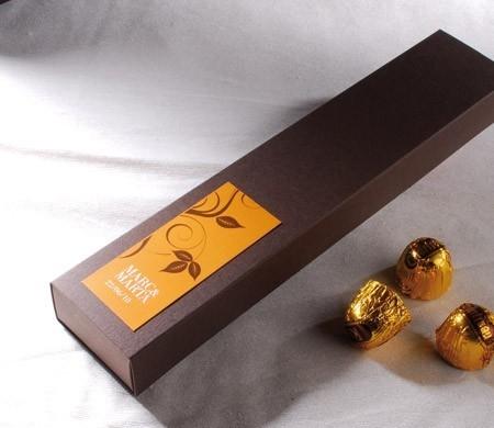 Petite boîte allongée pour chocolats