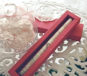 Petite boîte pour invitations de mariage