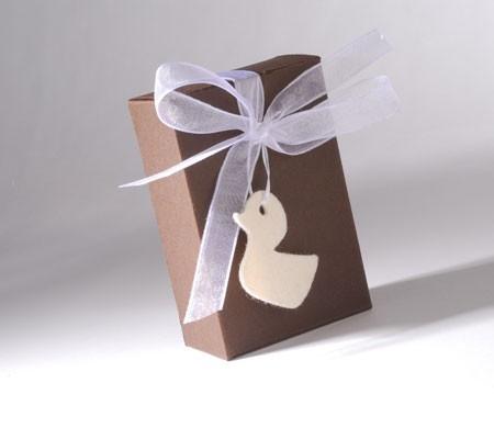 Petite boîte pour invitations d'un baptême
