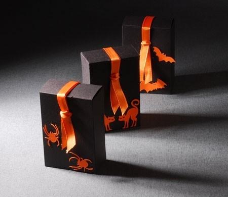 Petite boîte décorée pour Halloween