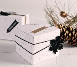 Cajita cuadrada de Navidad