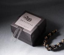Boîte carrée avec couvercle