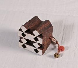 Tampon en bois géométrique 2