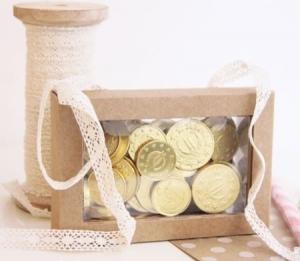 Petite boîte transparent pour monnaies de chocolat