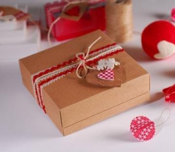 Jolie boîte cadeau pour Noël