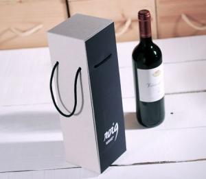 Boîte pour bouteille résistante