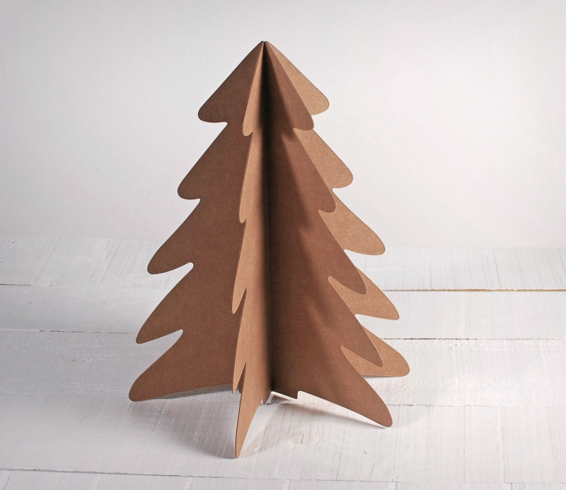Sapin de Noël en carton décoratif