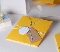 Boîte plate pour invitations