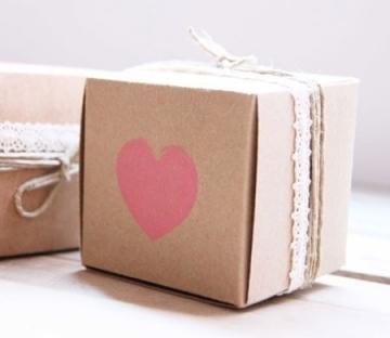 Boîte carrée pour souvenirs de mariage