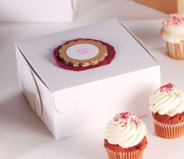 Boîte decorée pour 4 cupcakes