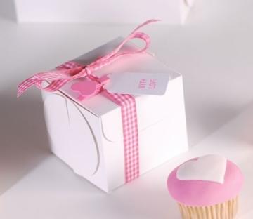 Boîte à cupcake avec ruban