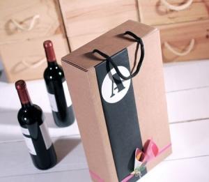 Boîte à Vin Décorée avec des Fleurs en Papier