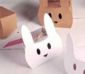 Boîte pour Œufs de Pâques Décorés