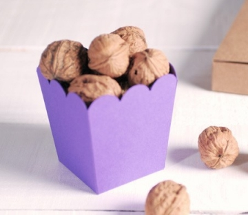 Boîte de pop-corn lilas