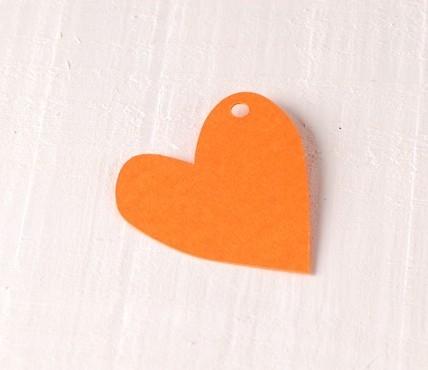 Coeur irrégulier en carton