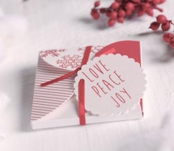 Boîte de Noël pour CD ou invitation avec ruban