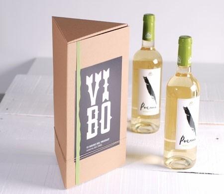 Boîte cadeau triangulaire pour bouteilles de vin