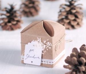 Originale boîte cadeau avec de la corde