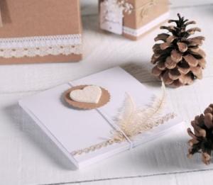Petite boîte pour invitations ou CDs