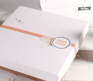 Caja con tapa decorada para San Valentín