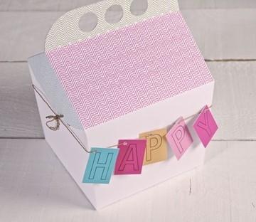 Boîte en carton avec anse