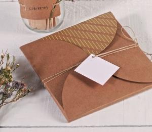 Enveloppe en carto