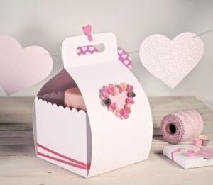 Boîte décorée pour gâteaux