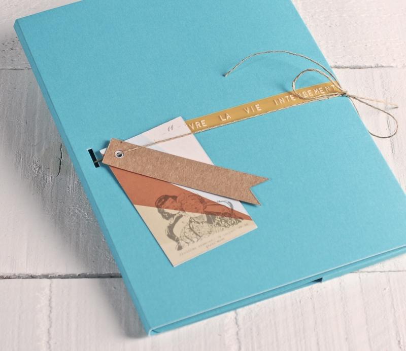 Pochette en carton d cor e - Boite en carton decoree ...