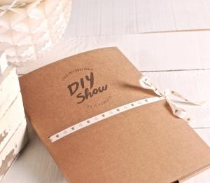 Pochette en carton avec logo imprimé