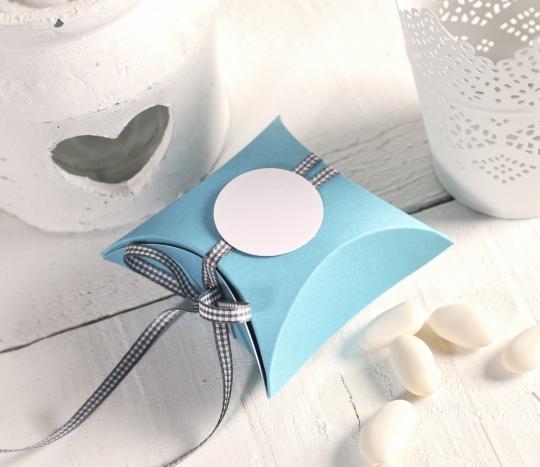 Caja regalo decorada para celebraciones