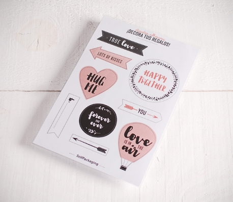 """Stickers pour cadeaux """"Love is in the air"""""""