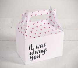 Boîte imprimée de coeurs