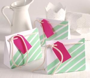 Petit sac décoré pour petits cadeaux