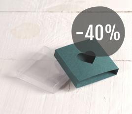 Boîte avec couvercle  et fenêtre en forme de coeur