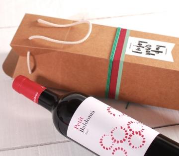 Boîte à vin avec une anse