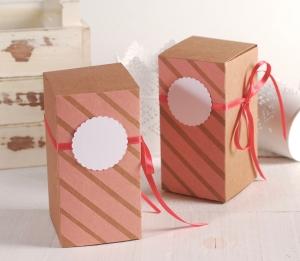 Boîte cadeau couleur couleur corail
