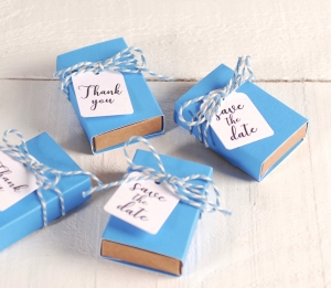 Petite boîte pour des petits cadeaux à offrir à un mariage