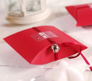 Petite boîte rouge de Noël