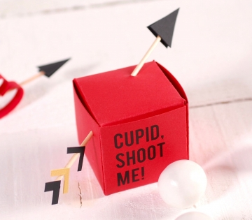 Petite boîte avec flèches de Cupidon