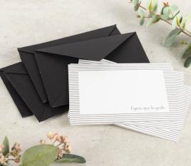 Enveloppes et cartes de remerciements.