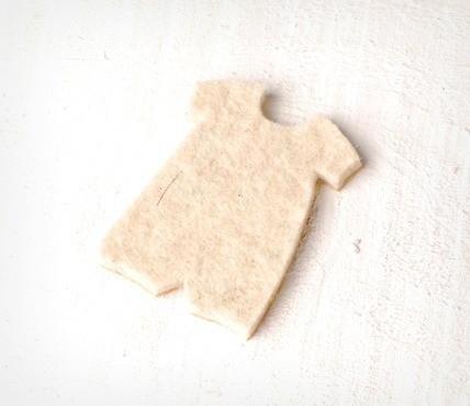 Robe d'Enfant en Feutrine