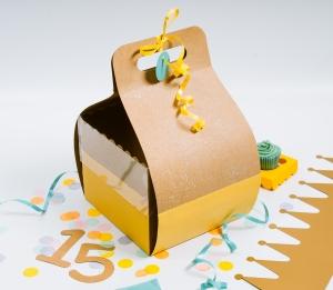 Boîte pour gâteau d'anniversaire