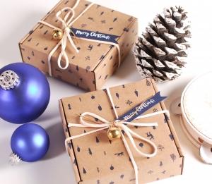 Boîte de Noël pour l'ami invisible